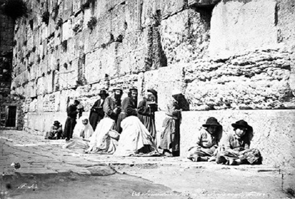Jewish worshipers at the Western Wall in the 1870s. Photo Credit: Wikimedia Commons