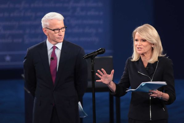 Debate moderators Anderson Cooper and Martha Raddatz