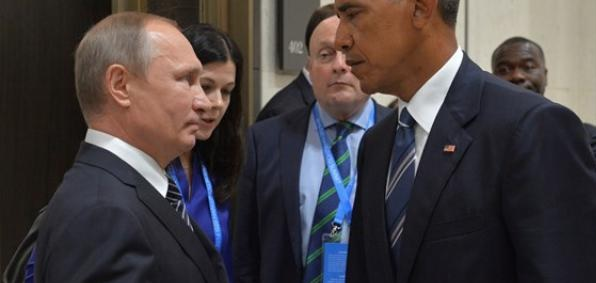 Presidents Vladimir Putin and Barack Obama