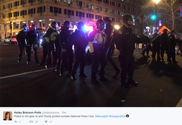 riot-police-deploraball-TW