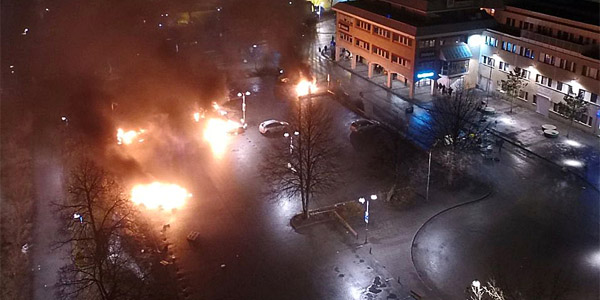 Rioting in Stockholm's suburbs (Twitter)