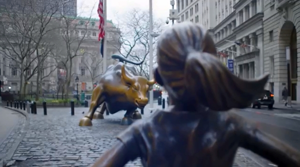 561-Girl defying bull