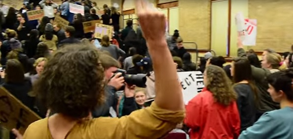 Protesters at Middlebury College refuse to let Charles Murray speak