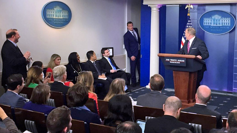 WND White House correspondent Garth Kant (left) observes as New England Patriots tight end Rob Gronkowski (middle) crashes a White House press briefing by Press Secretary Sean Spicer on April 19, 2017 (Photo: Twitter)