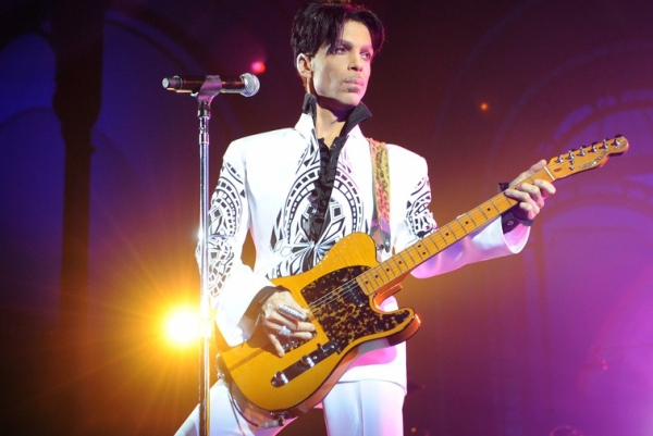 Prince performing at the Grand Palais in Paris, 2009