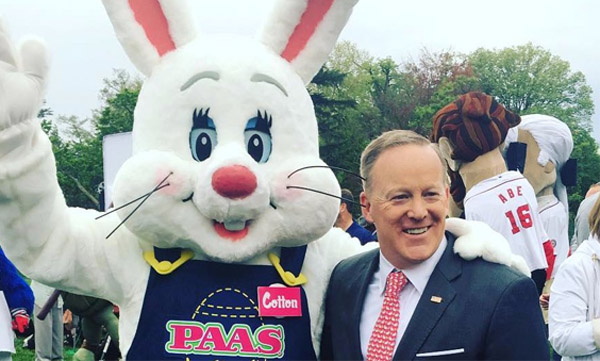 White House Press Secretary Sean Spicer posted his picture with the Easter Bunny on his Instagram account April 17 (Photo: Sean Spicer/Instagram)
