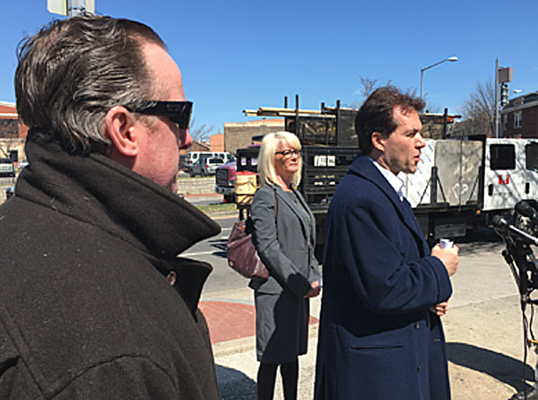 Jack Burkman at a March 23, 2017, news conference announcing the creation of the Profiling Project, a private effort to find the killer of DNC staffer Seth Rich