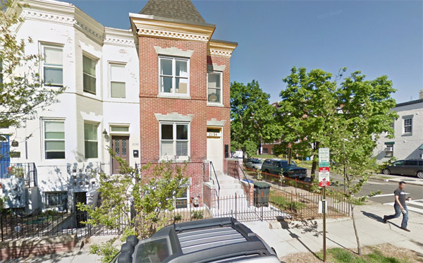 Location listed on police report at intersection where DNC staffer Seth Rich was found 'conscious and breathing with apparent gunshot wound(s) to the back,' according to a July 10, 2016, police report (Photo: Google Maps)