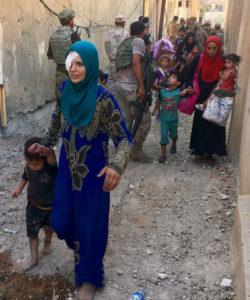 Iraqi families fleeing ISIS in Mosul. (Free Burma Rangers photo).
