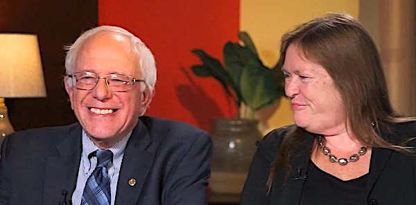 Sanders' wife escapes charges in college land deal