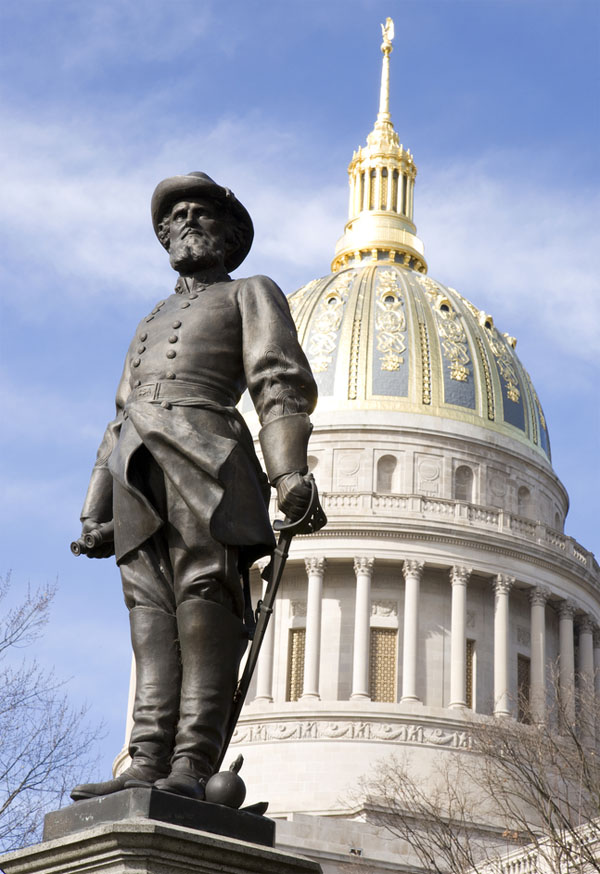 Stonewall Jackson monument at the West Virginia state capitol (Photo: Pinterest)