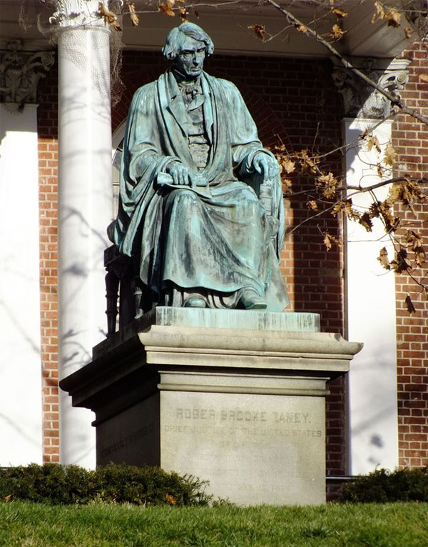 Roger B. Taney Statue at the Maryland State House in Annapolis, Maryland (Photo: Pinterest)