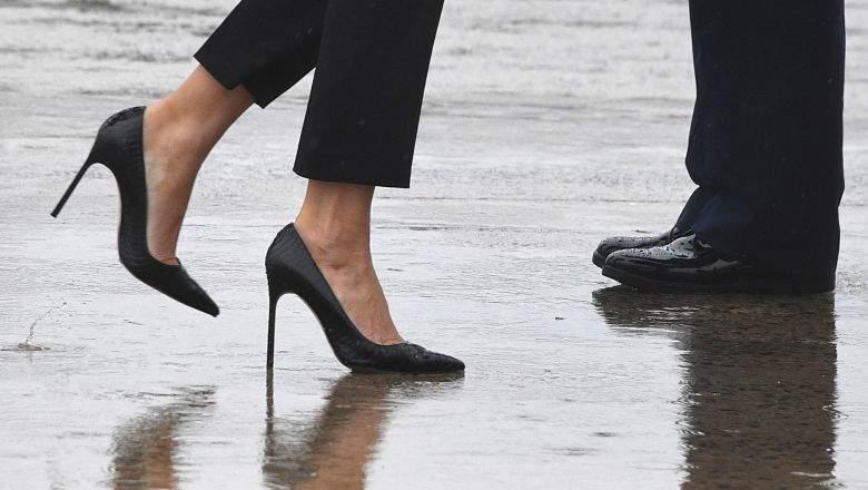 melania shoes