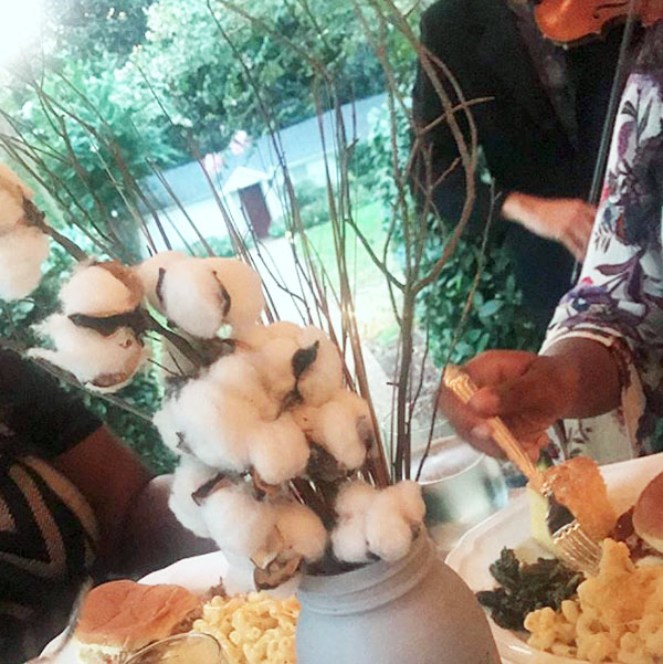 This cotton centerpiece was reportedly on display at a private dinner held for Lipscomb University students at the home of university President L. Randolph Lowry (Photo: Instagram)