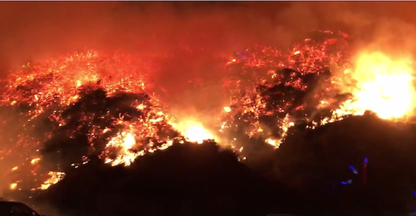 Hundreds of firefighters battle dynamic brush fire in Southern California