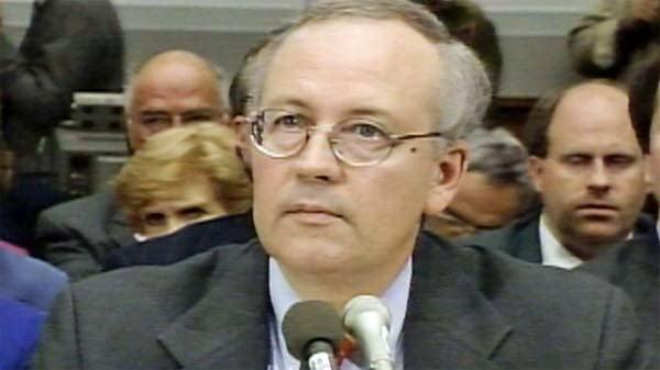 Kenneth Starr testifies in November 1998