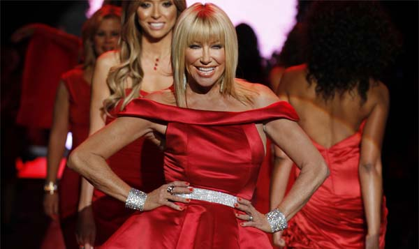 Suzanne Somers praises Trump: 'I'm happy about him'