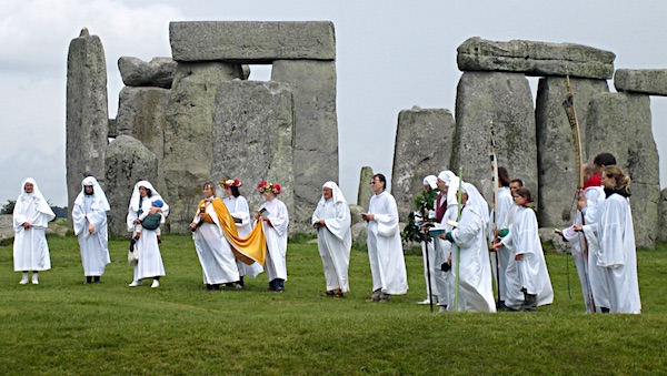Druids celebrating rituals at Stonehenge (Photo courtesy Sandy Raidy via Wikipedia)