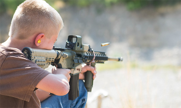Ar-15 (Photo: Flickr/William Wootton)
