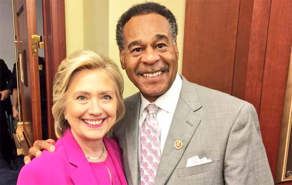 Hillary Clinton poses for a photo with Rep. Emanuel Cleaver, who calls her 'my very dear friend' (Photo: Facebook/Emanuel Cleaver)