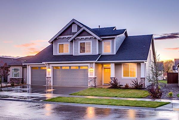 Homebuilder confidence plummets