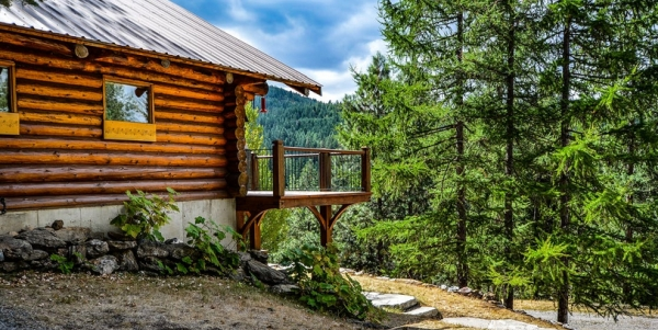 Cabin (Pexels copyright-free image)