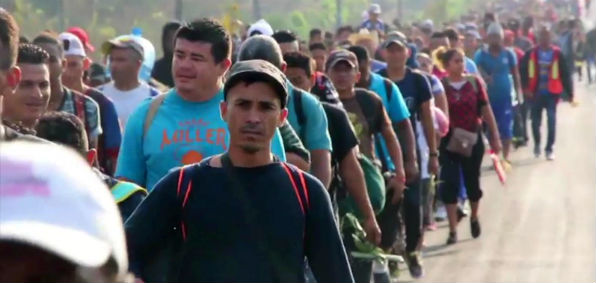 Migrant caravan headed to the United States from Honduras (Screenshot CNN)