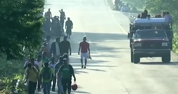 Migrant caravan moving through Mexico in October 2018 (Fox Business Network screenshot)