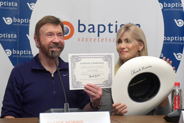Chuck Norris promoting Hungarian Baptist Aid, November 2018