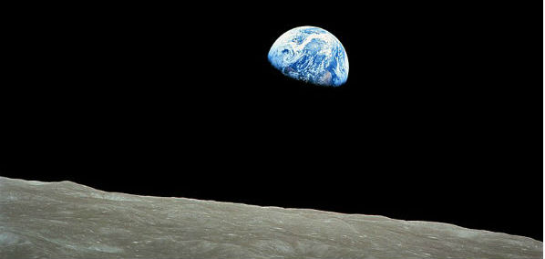 feature-NASA-Apollo8-Dec24-Earthrise