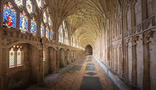 Gloucester Cathedral in England (courtesy Pixabay)