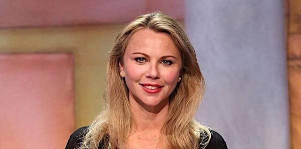 "Lara Logan appearing on ""Jeopardy"" (Facebook)"