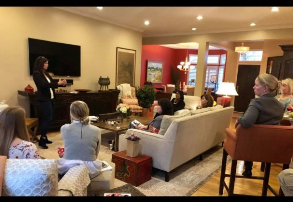 "Shelley Klingerman, left, presenting her ""vigilance"" principles to a group of women (Courtesy Shelley Klingerman)"