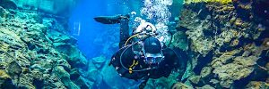 underwater-ocean-sea-scuba-diver-diving-underwater-pixabay