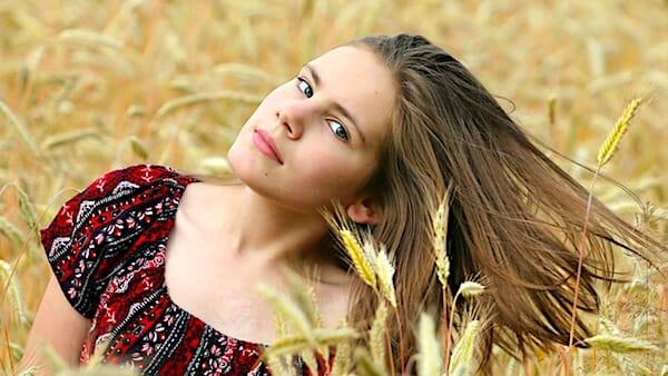 [girl-field-wheat-harvest-hair-white-teen-pretty-beautiful-farming-agriculture-pixabay]