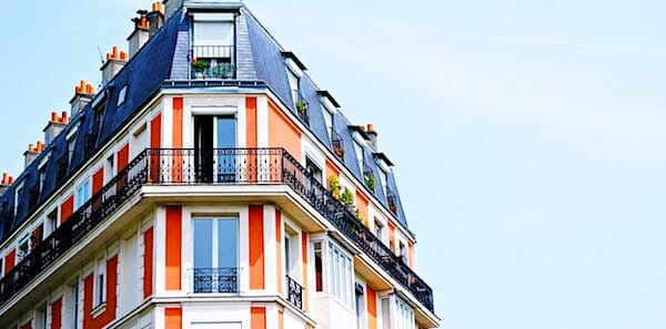 [apartments-buildings-rentals-homes-houses-colorful-balcony-pixabay]
