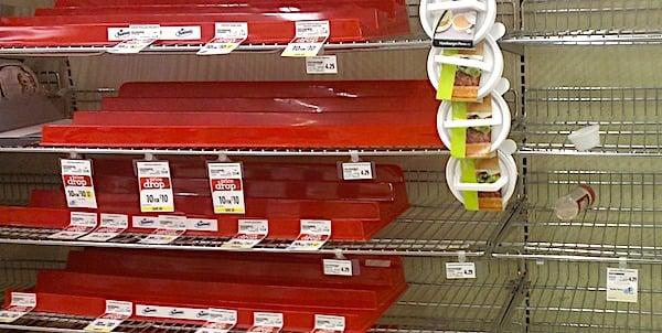 [supermarket-shevlves-bare-empty]