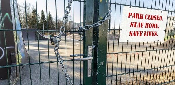 [lockdown-park-closed]
