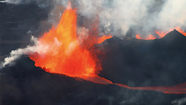 [volcanos-erupting-lava-steam-iceland-bardabunga-pixabay-jpg]