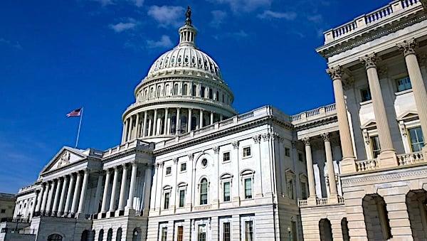 capitol-congress-americans-politics-gove