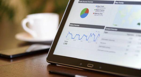 advertising-marketing-business-laptop-Pi